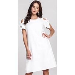 70cab6a2ada510 Białe sukienki trapezowe, lato 2019 w Domodi