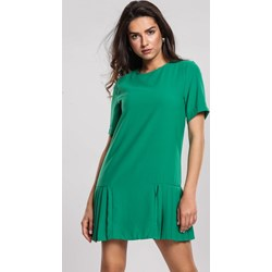 2adb46cfe26436 Zielone sukienki, lato 2019 w Domodi
