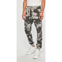 dfaa30d55a90f6 Spodnie męskie Produkt By Jack & Jones moro z wiskozy