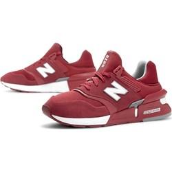 3ee687e2db202e Buty sportowe męskie New Balance czerwone sznurowane