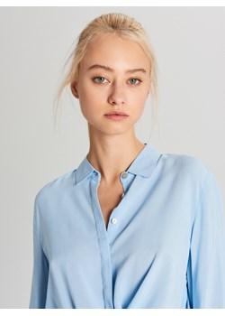 Cropp - Klasyczna koszula z wiskozy - Niebieski Cropp   - kod rabatowy
