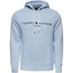 4cff089ece4a7f Bluza męska Tommy Hilfiger niebieska z napisami młodzieżowa