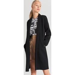 047d5f88 Czarny płaszcz damski Cropp
