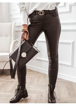 Czarne woskowane spodnie push up  Rose Boutique  - kod rabatowy