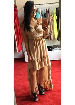 Camelowa sukienka z przodu krótsza z tyłu dłuższa By O La La  Avenue M promocja  - kod rabatowy