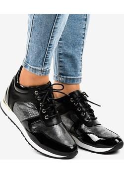 Czarne sneakersy na koturnie sznurowane S0054-1 okazyjna cena gemre - kod rabatowy