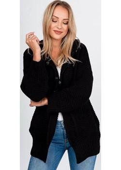 Sweter kardigan na zatrzaski z kapturem i kieszeniami   zoio.pl - kod rabatowy