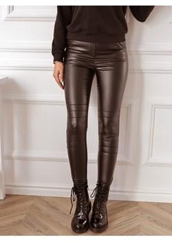 Czarne woskowane spodnie z zamkami Rose Boutique   - kod rabatowy