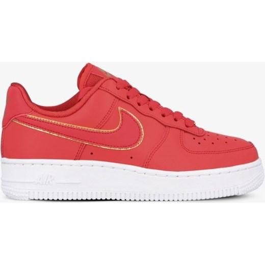 Buty sportowe damskie czerwone Nike dla biegaczy air force sznurowane