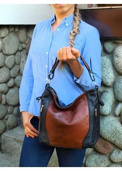 Skórzana brązowo-czarna torebka listonoszka z zamkami   wyprzedaż TrendyTorebki  - kod rabatowy