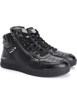 "Guess Sneakersy ""Knight Mid"" Guess Sneakersy ""knight Mid""  promocja ubierzsie.com  - kod rabatowy"
