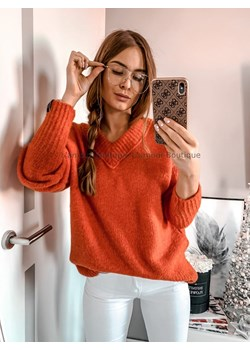 Sweter dekolt V pomarańczowy L'Amour  promocja L'amour Boutique  - kod rabatowy