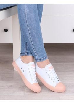 Klasyczne białe tenisówki damskie,  białe gładkie trampki z materiału z różowymi wstawkami L312 Damle promocja damle.com.pl - kod rabatowy
