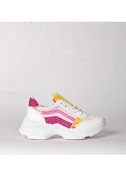 Białe ugly shoes na płaskiej podeszwie Trendy   wyprzedaż HERS  - kod rabatowy