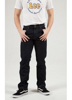 Spodnie Męskie Wrangler Regular Fit Str Rinsewash W10I22023  Wrangler promocja Elwix  - kod rabatowy