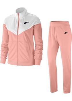 Dres damski Nike Sportswear - Różowy Nike Nike poland - kod rabatowy
