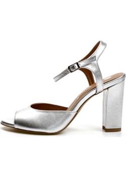 Klasyczne sandałki na słupku Durance Victoria Gotti ® promocja Victoria Gotti - kod rabatowy