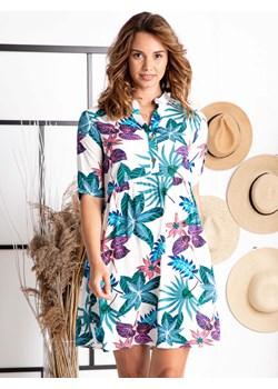 Sukienka przewiewna letnia rozkloszowana swobodna DALIA odcinana w pasie ze stójką ecru w zielono-fioletowe liście Grandio grandio - kod rabatowy