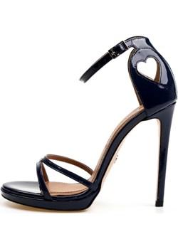 Granatowe sandałki na szpilce Odet Victoria Gotti ® okazyjna cena Victoria Gotti - kod rabatowy