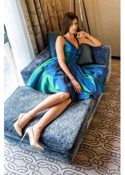 Sukienka BUTTERFLY z ozdobnymi plecami Maravilla Boutique Maravilla Boutique  - kod rabatowy