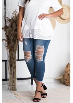 Spodnie jeans rurki 7/8 strzepione nogawki przecierane dziury niebieskie   karko.pl - kod rabatowy