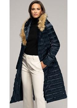 Damski puchowy płaszcz z kapturem Wittchen okazyjna cena WITTCHEN - kod rabatowy
