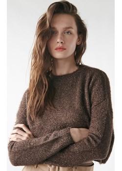 Sinsay - Puszysty sweter z błyszczącą nitką - Sinsay Sinsay - kod rabatowy