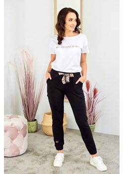 Bawełniany T- shirt z nadrukiem - biały Beewear - kod rabatowy