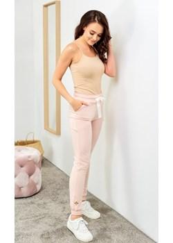 Spodnie bawełniane długie - pudrowy róż Beewear - kod rabatowy