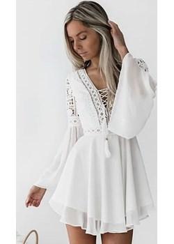 Biała, seksowna sukienka na lato DAFNIS - kod rabatowy