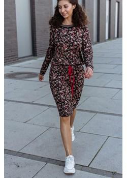 Wygodna sukienka z długim rękawem 36 Far Far Łódź okazja FAR FAR ŁÓDŹ - kod rabatowy
