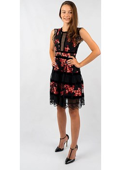 Sukienka z haftem Glamwear - kod rabatowy