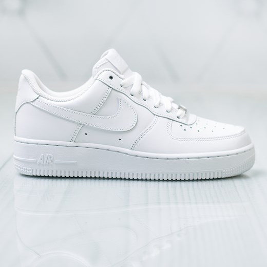 Nike Wmns Air Force 1 07 315115 112 distance.pl
