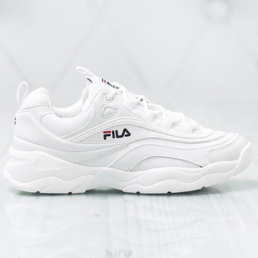 Buty sportowe damskie Fila sznurowane gładkie w Domodi