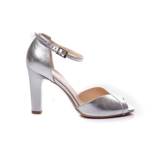 Sandały damskie Kotyl gładkie z klamrą eleganckie skórzane w