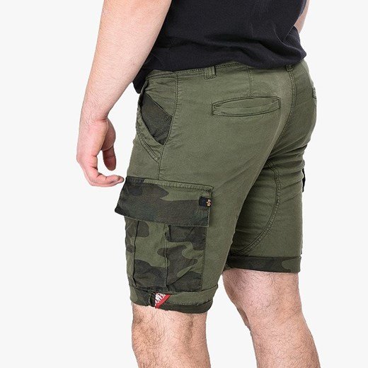 Spodenki męskie Alpha Industries CP Short 196202 142 Alpha Industries   sneakerstudio.pl