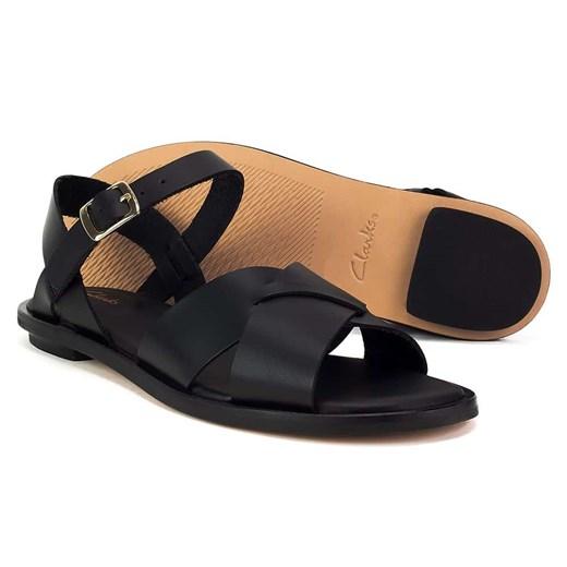 Czarne sandały damskie Clarks skórzane casual płaskie z klamrą bez obcasa