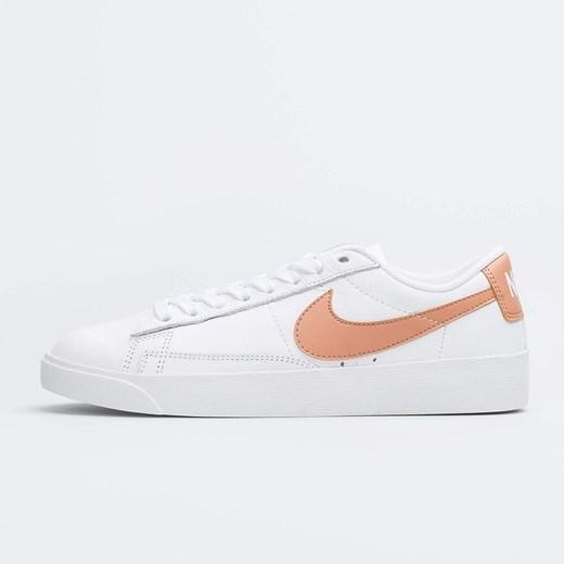 białe buty sportowe damskie nike niska poddeszwa