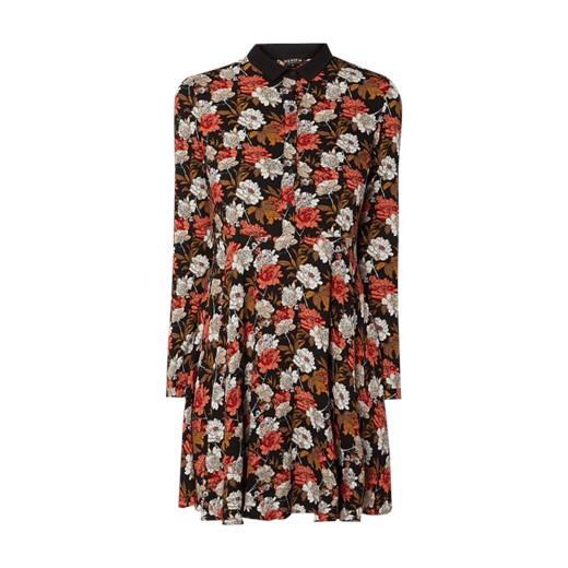 Sukienka Review z kołnierzykiem na spacer z długim rękawem w kwiaty z wiskozy