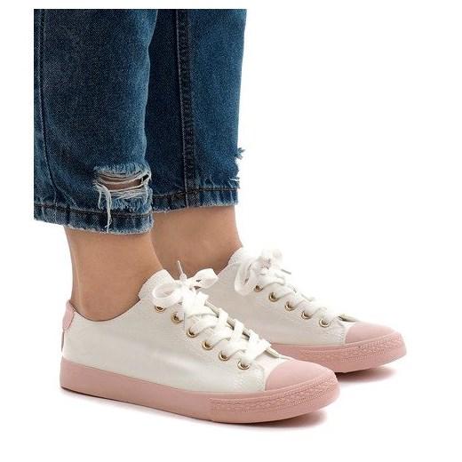 Butymodne sneakersy damskie sznurowane gładkie płaskie w Domodi