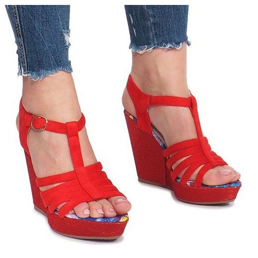 Granatowe sandały damskie Butymodne z klamrą na wysokim