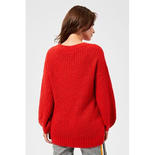 Sweter damski czerwony z okrągłym dekoltem Odzież Damska SH czerwony EDYN