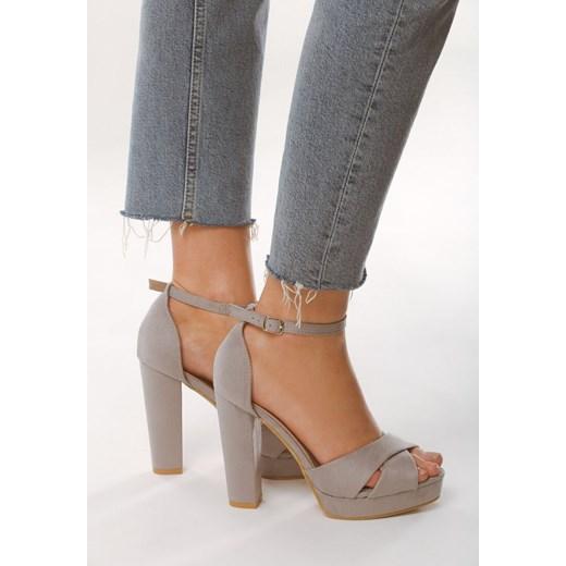 Sandały damskie Born2be różowe bez wzorów1 na słupku
