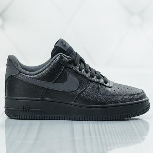 Buty sportowe męskie Nike air force sznurowane jesienne w Domodi