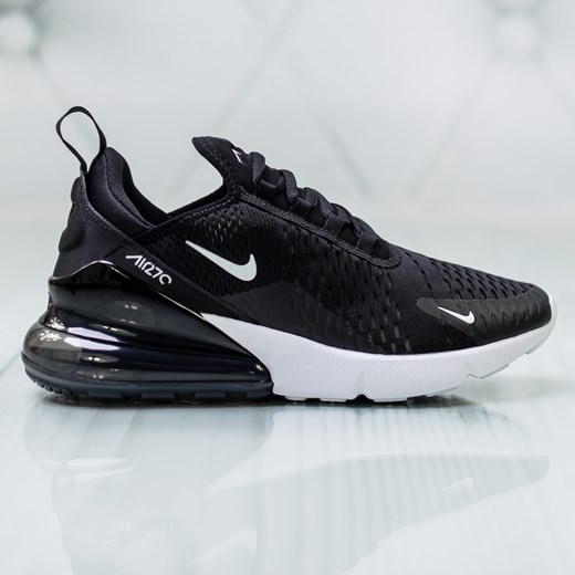 Buty sportowe damskie Nike dla biegaczy sznurowane na