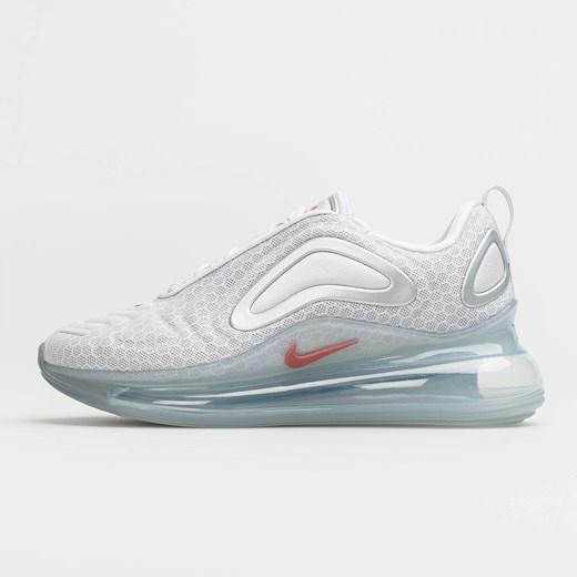 Buty sportowe damskie Nike Sportswear na płaskiej podeszwie