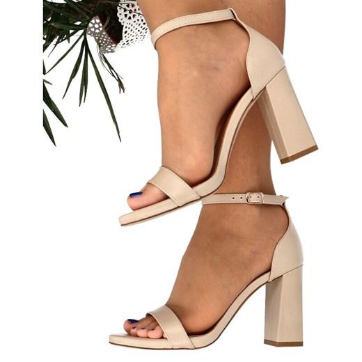 Sandały damskie beżowe Tymoteo ze skóry z klamrą