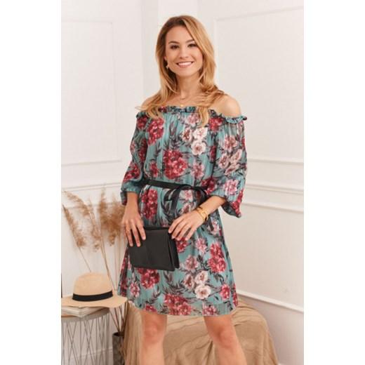 Elegancka sukienka z hiszpańskim dekoltem zielona 6019 wyprzedaż fasardi.com Odzież Damska IZ zielony CCXK