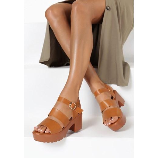 Brązowe sandały damskie Born2be na lato z klamrą gładkie na obcasie xho7w
