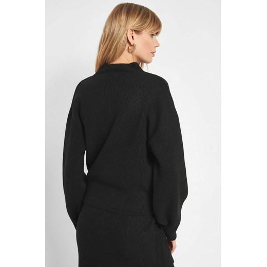 Sweter damski ORSAY z okrągłym dekoltem dzianinowy Odzież Damska UC czarny DWMG